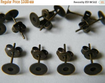 ON SALE 40 x Antiqued Bronze Earring Posts with Stud Backs / Nuts Pad 6mm