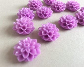 15 Lilac Chrysanthemum Cabochons Lilac Mums Resin Flower Resin Cabochon Cameos 15mm