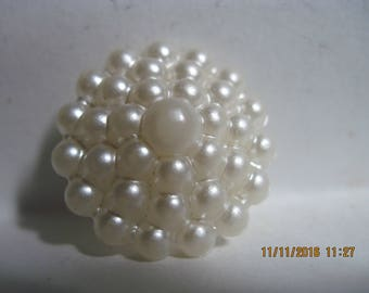 VINTAGE GORGEOUS White Pearly Pointed Domed 'Dot/Bubble' Celluloid Button w/ Unique Shank ...#826..