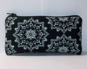 """Padded Pouch, Black Mandala Bag, Pipe Case, Pipe Bag, Glass Pipe Pouch, Trippy Purse, Stoner Gift, Pipe Pouch, 420, Hippie Bag - 5.5"""" SMALL"""