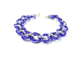 Chainmaille Mobius Bracelet In Purple And Silver Anodized Aluminum
