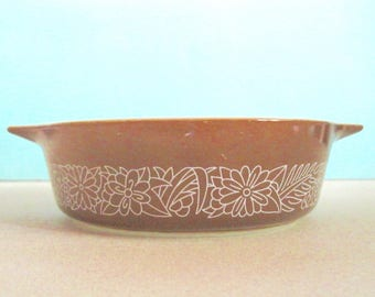 Vintage Pyrex Bowl Woodland Print 471B 500ml Casserole serving dish brown camel Glass Retro Kitsch Baking Cooking Stackable bowl Collection
