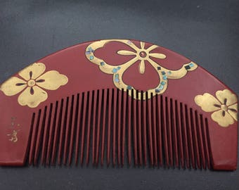 Vintage Red lacquer kanzashi comb