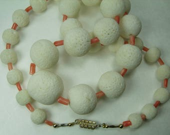 1970s Angel Skin Salmon Coral White Sponge Coral Necklace 23 Inches Beaded