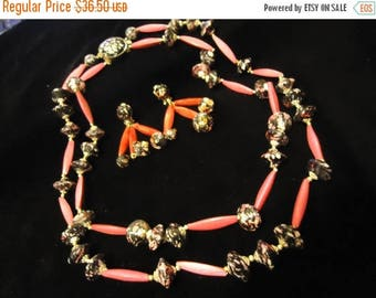 Now On Sale Beautiful Vintage Pink Black Beaded Necklace Earring Set 1950's 1960's Made In Hong Kong Mad Men Mod Hollywood Regency Jewelry