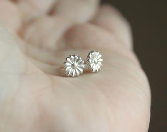 Silver Daisy Earrings - Tiny Daisy Flower Stud Post Earrings - Sterling Silver Stud Post Earrings - Teeny Tiny Flower Earrings