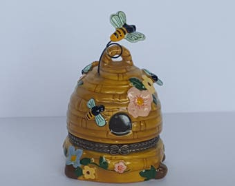 Sweet Mini Porcelain Trinket Stash Box Honey Bumble Bee Hive