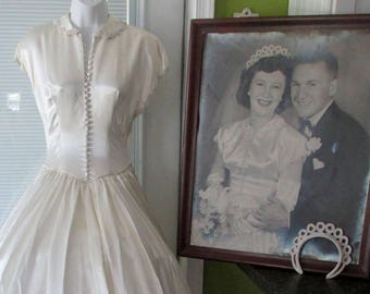 Size 2 Satin Wedding Dress 1950s Bridal Gown 7 ft Train with Original Portrait