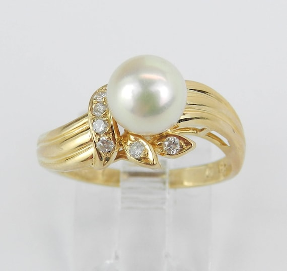 14K Yellow Gold Diamond and Pearl Engagement Ring Promise Ring Size 5.5 June Birthstone