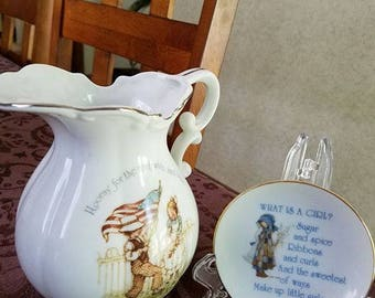 Hollie Hobbie and Lasting Treasures Pitcher/small dish DUO