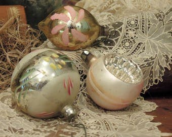 Three Vintage Mercury Glass Ornaments / Pink and Silver Indented Christmas Ornament / Round Ornaments