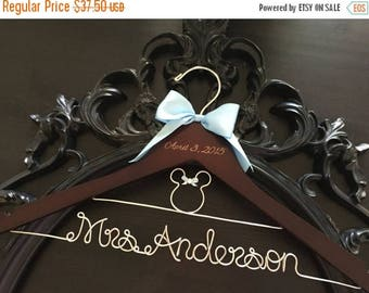 XMAS IN JULY Disney Wedding / Disney Bride Hanger / Minnie Mouse Hanger / Wedding Hanger / Personalized Hanger / Bridal Hanger / Burned