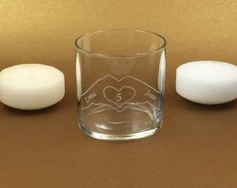Handheart, Wedding Table, Numbered glass vase, with floating candle and personalized engraving