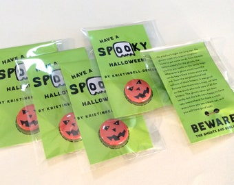 5 Pack of Spooky Halloween Pumpkin Buttons + Story (1 inch button)