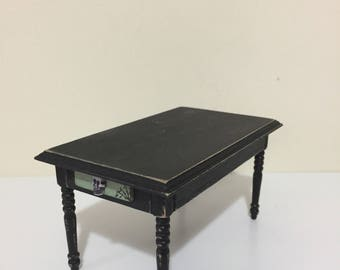 1/12th scale Witches kitchen table