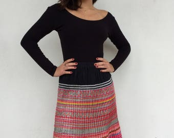 Colorful 70s hmong ethnic multicolored pleated accordion boho skirt
