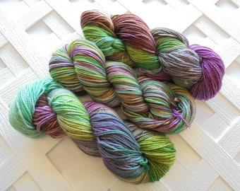 Hand-Dyed Yarn, LOTHLORIEN, DK Yarn, DK-Weight Yarn, Handpainted Yarn, Soft Alpaca Yarn, Silk Yarn, Merino Yarn, Weaving Yarn, Knitting Yarn