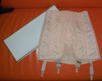 Vintage Girdle 1950s Pink Triumph Golf Open Bottom Girdle Embroidered Nylon Metal Boning Garters with box Pinup Rockabilly S 27.5 in AS IS