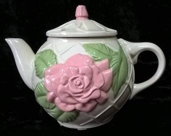 Summertime Tea Pot