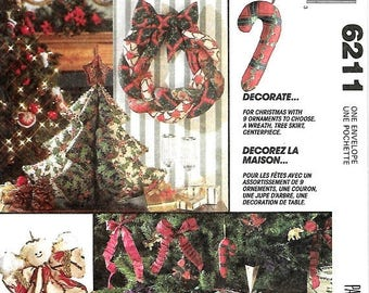 ON SALE McCall's 6211 Christmas Decor Sewing Pattern, 9 Ornaments, Wreath, Tree Skirt & Chirstmas Tree Centerpiece, UNCUT