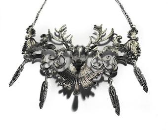 Silver metal Hunt Deer Katniss Everdeen steampunk necklace