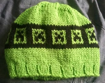 Minecraft creeper knitted hat all sizes available newborn to adult.