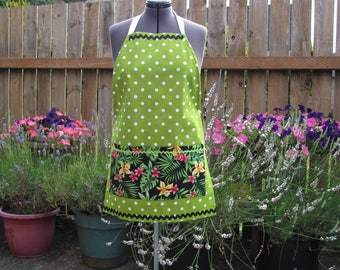 Cotton apron, apple green polka dots