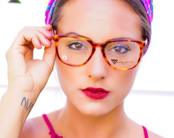 Vintage Eyeglass 1990's Demi Blonde Tortoiseshell Hand Made Frames Made In Italy New Old Stack Glasses By Guess