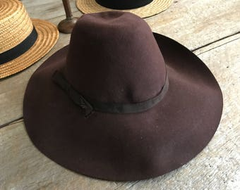 1930s French Wide Brim Fedora Hat, by Famous Mossant, Brown with Grosgrain Ribbon,