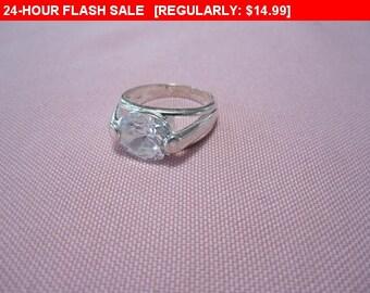 Rhinestone Ring, statement ring, vintage ring, estate jewelry