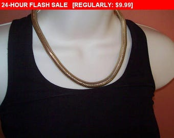 Goldtone  magnetic chain necklace for wear or craft