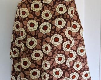 Brown cotton fabric with white flowers