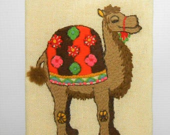Vintage Wall Hanging, Camel, Embroidered, Cross Stitch, Zoo Decor, Kid's Room, Retro, Wall Art, Yarn, Wall Plaque, Camel Decor, Desert Decor