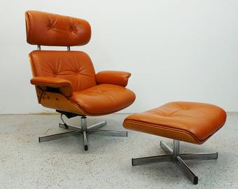 mid century modern Italian oak and cognac leatherette Eames style chair with ottoman