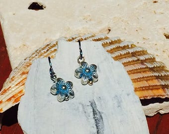Blue niobium earrings with silver and blue flower hypo allergenic earring solution