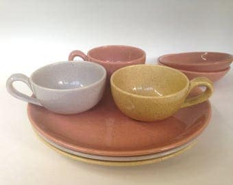 Vintage 1950s Laurel of California Speckled Dinnerware Assorted Colors Dinner Plates Cups and Berry Bowls