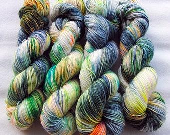 Handdyed SockYarn, 75 Wool, 25 Polyamid 100g 3.5 oz. Nr. 957