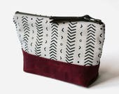 Small Wedge Zipper Pouch Clutch Makeup Bag 'Coastal' White/Burgundy, Makeup Bag, Waxed Canvas Clutch, Clutch bag, bag for her, Wedge Pouch