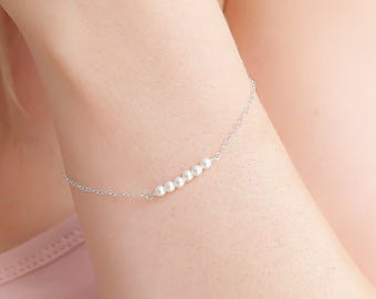 Dainty Pearl and Sterling Silver Bracelet, White Swarovski Pearls and 925 Sterling Silver Fine Chain