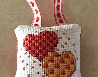Two hearts ornament