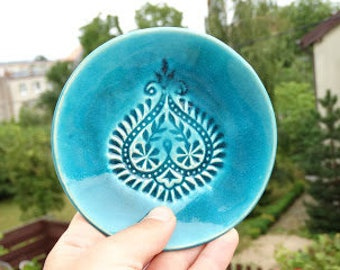 small ceramicplate, decorative bowl, stamped pattern, jewelry holder, jewelry plate, jewelry bowl, table decoration, blue glaze,