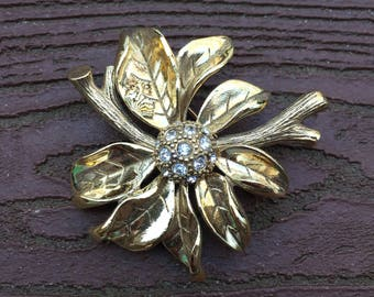 Vintage Jewelry Signed Monet Flower Pin Brooch