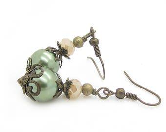 Olive Pearl Bridal Earrings, Green Peach Bridesmaid Earrings, Small Dangle Earrings, Rustic Wedding, Vintage Stlye, Bridesmaid Gift Idea