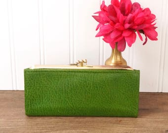 vintage TILLEY wallet kelly green leather ladies clutch