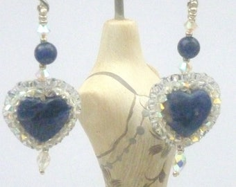 Earrings in lapis lazuli and heart-shaped crystal