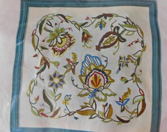 vintage American Family Crafts crewel embroidery kit JACOBEAN GARDEN new