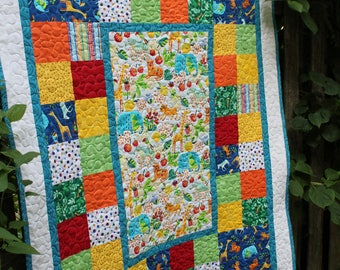 Custom Jungle Animals Quilt with Plush Giraffe Friend // Baby Quilt // Toddler Quilt // Baby Shower Gift // Baby Gift