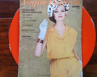Vintage Vogue Pattern Book, April May 1962, Easter Parade, Swimwear, Springmaid Mills, Cotton Prints, Fab Photos, Sweet Illustraiontions,