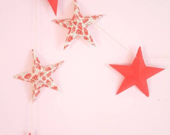 """The """"Red poppies"""" paper Garland with 12 stars"""