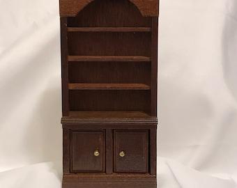 "Dollhouse Miniature 1"" Scale Bookcase"